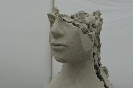Mark Manders, Argile Silencieuse (installation), 2014